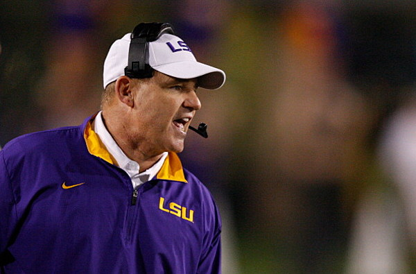 les miles staying at lsu signs 7 year extension. Black Bedroom Furniture Sets. Home Design Ideas