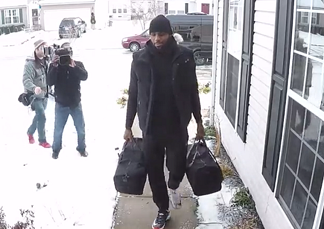 LeBron James Surprises OH Family With $1.3M Cash
