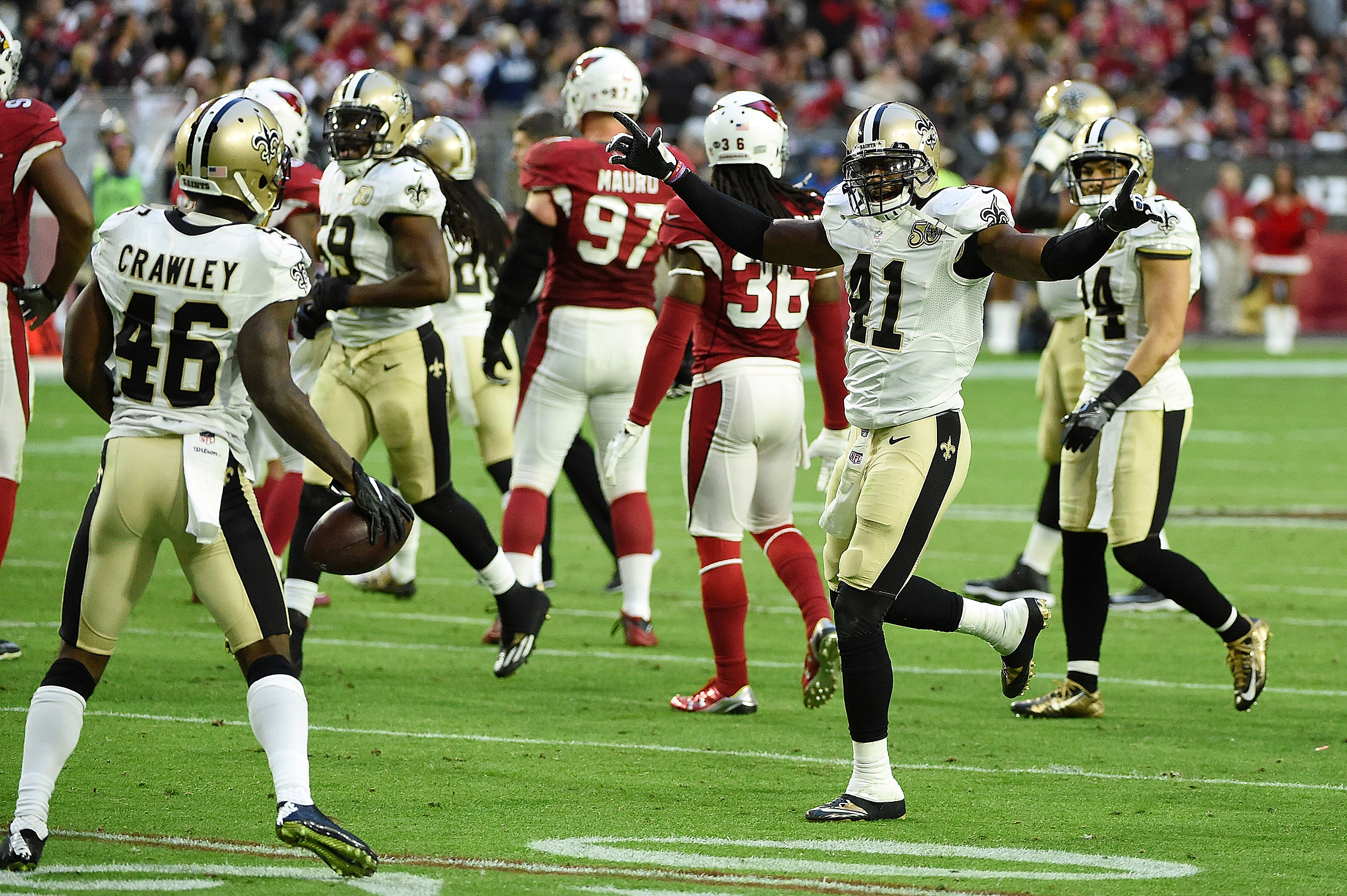 Brees bounces back to lead Saints