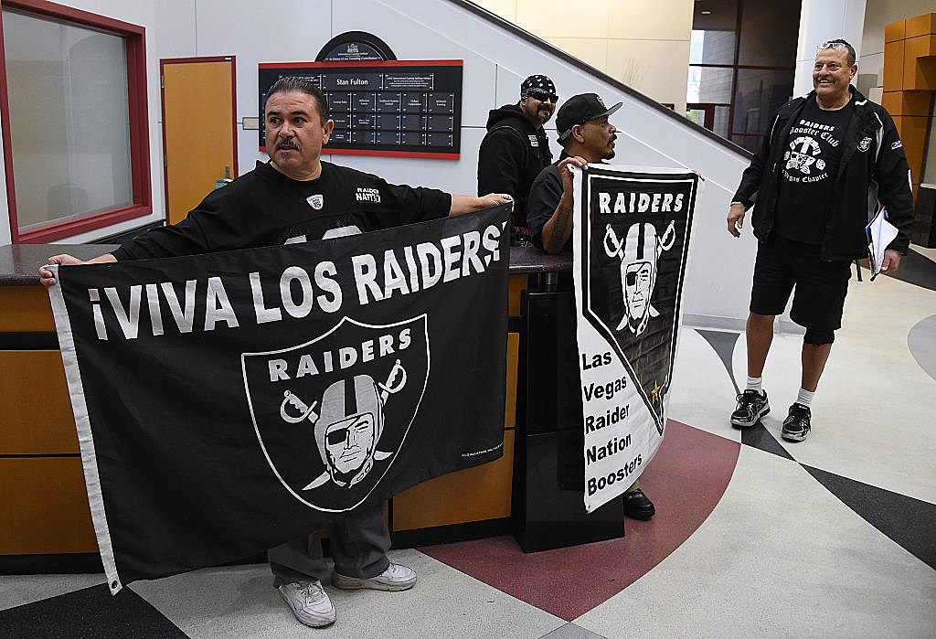 Raiders legends disappointed by move to Vegas