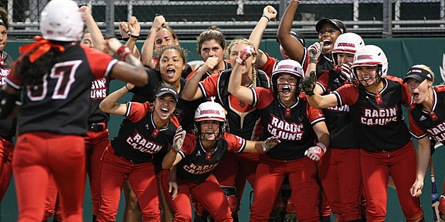 Photo Courtesy: ragincajuns.com