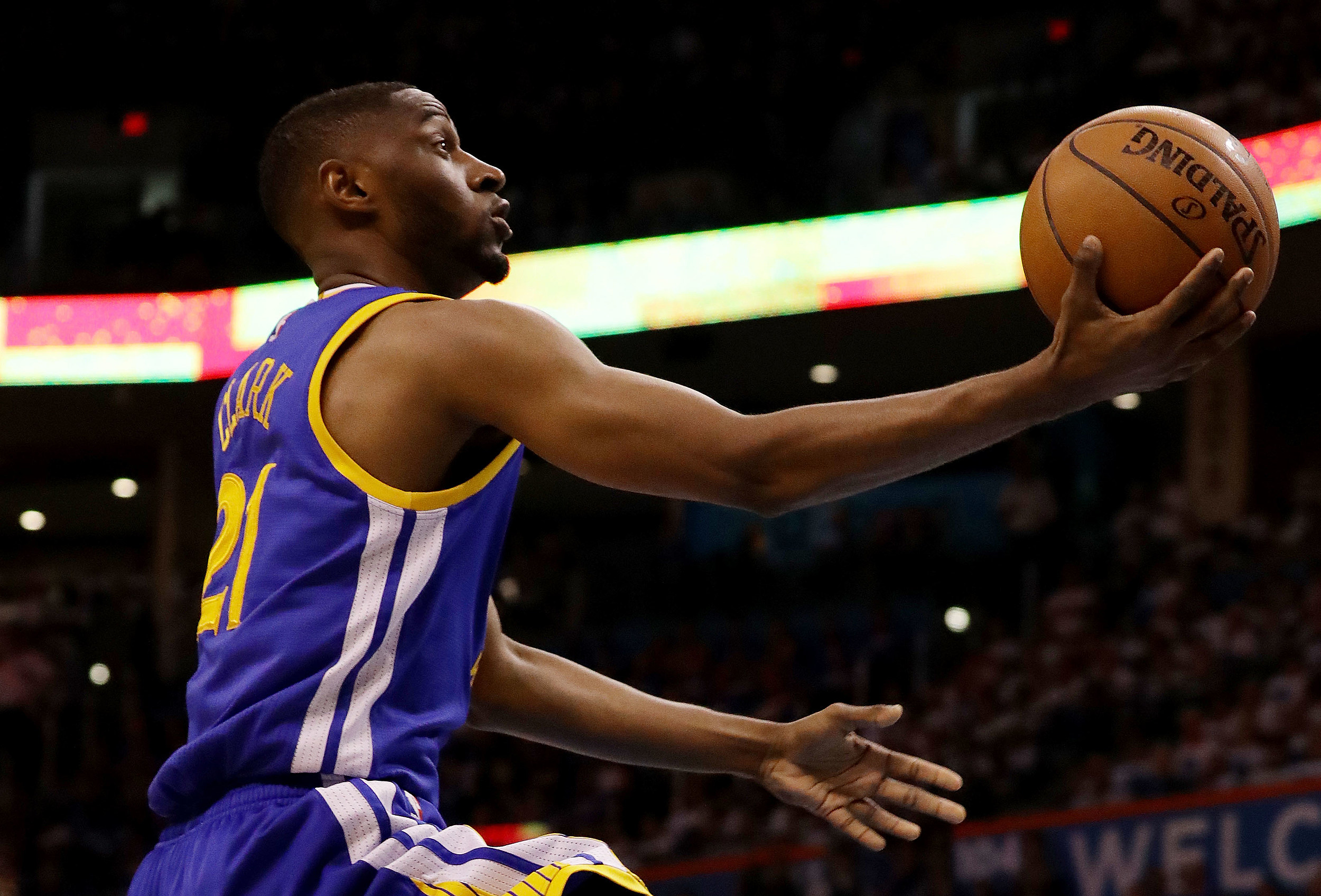 Ian Clark signs with New Orleans Pelicans