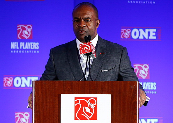 NFLPA's DeMaurice Smith Says Roger Goodell Lied About Changes to Conduct Policy